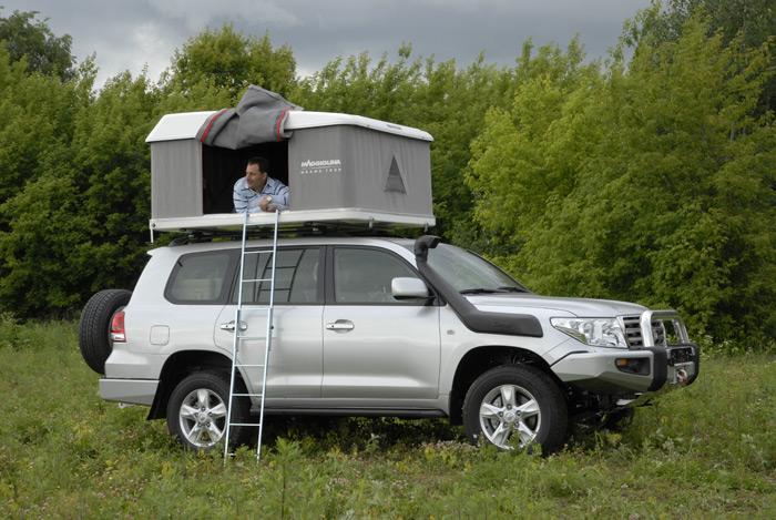 палатка на машине