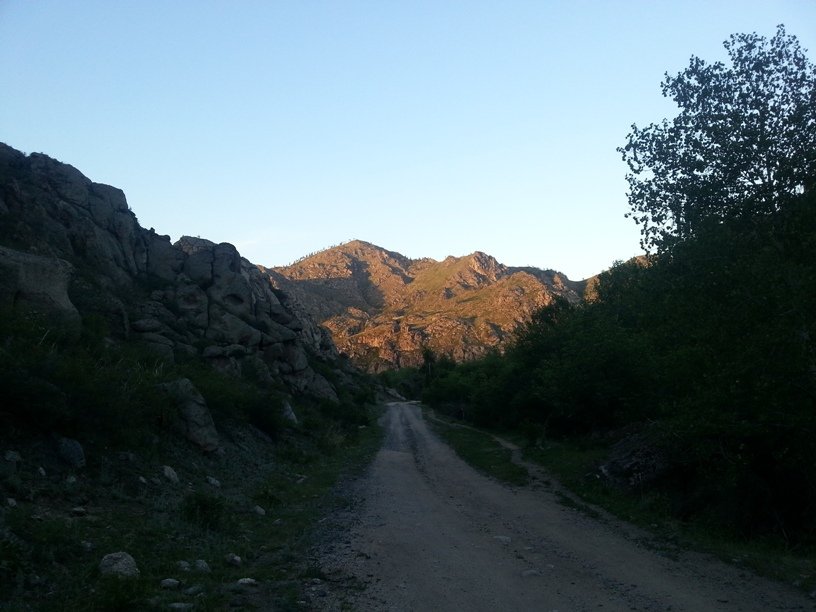 Горы по дороге
