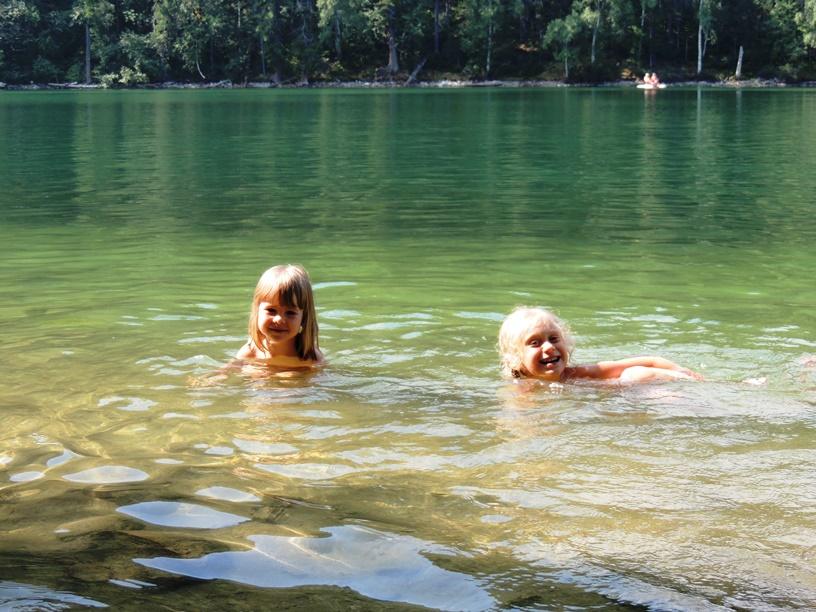 Озеро изумрудное Теплые озера