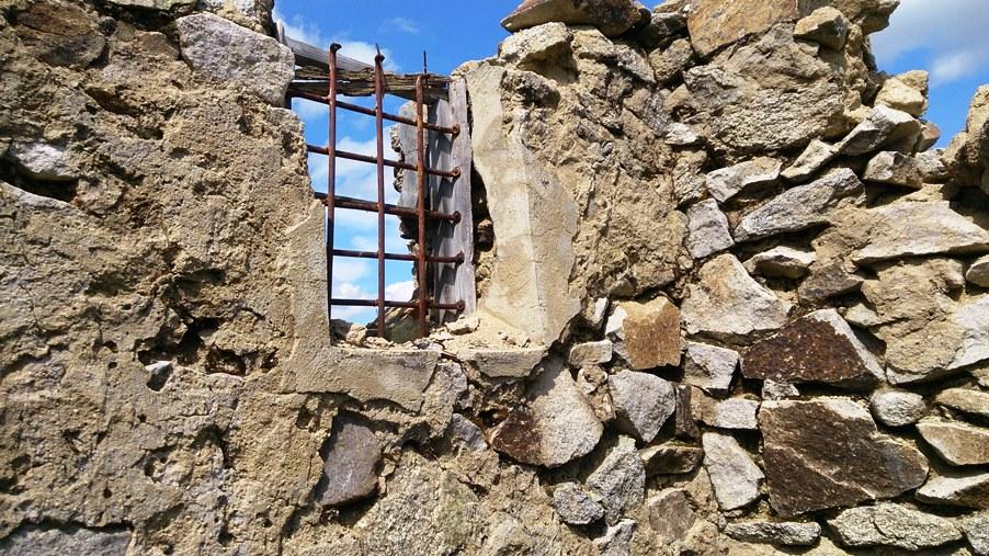 Развалины сталинского лагеря