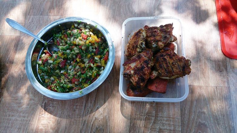 салат из овощей к шашлыку